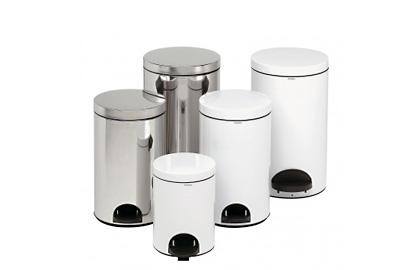 Tvertnes/urnas ar pedāli
