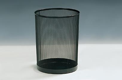 Atkritumu grozs, melns