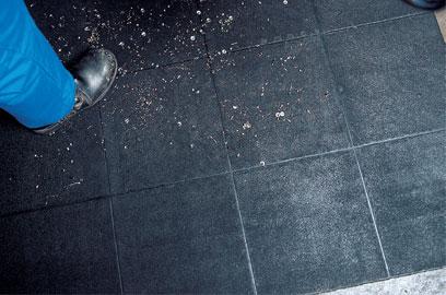 Покрытие Solid для полов в мастерских, черное, 910 х 910 мм
