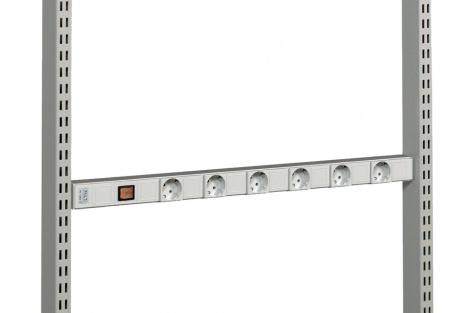 Pistikupesapaneel M900